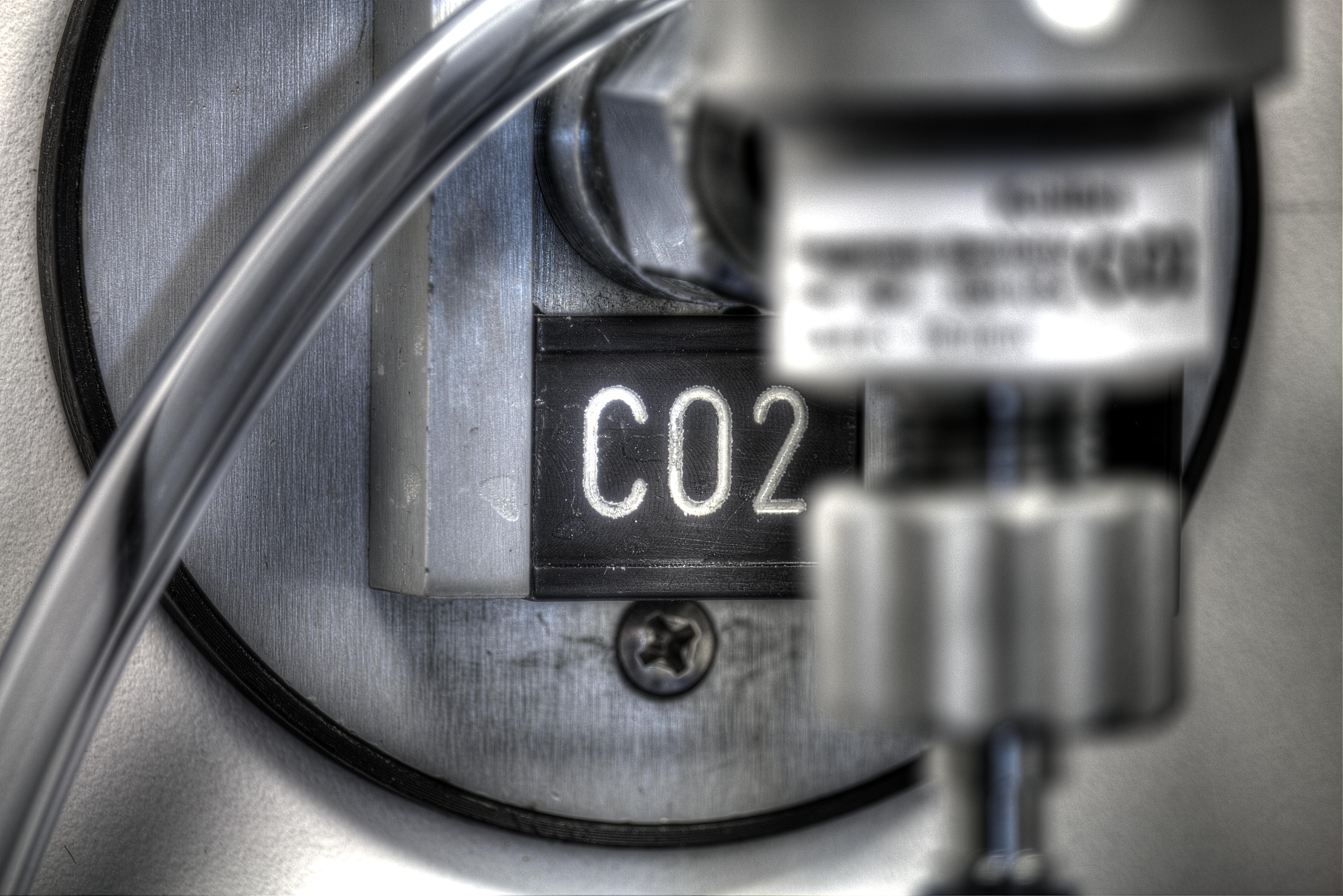 CO2 1